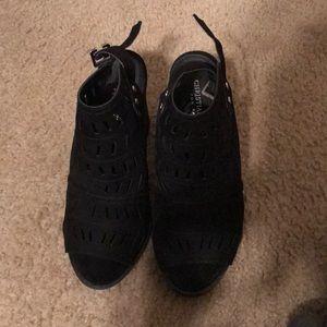 Black open toe booties with chunky heel